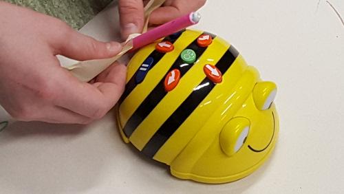 Bee-Bot joonistab